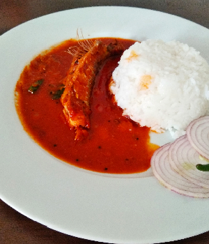 Pedve Panna Upkari - Spicy Sardine Curry-thumb